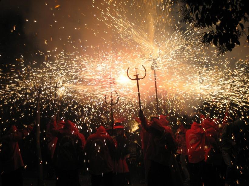 correfoc-festival-barcelona-when